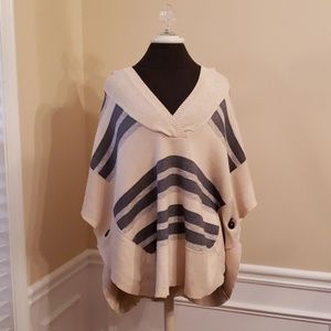 American Eagle Knit hooded Cover Up Medium EUC